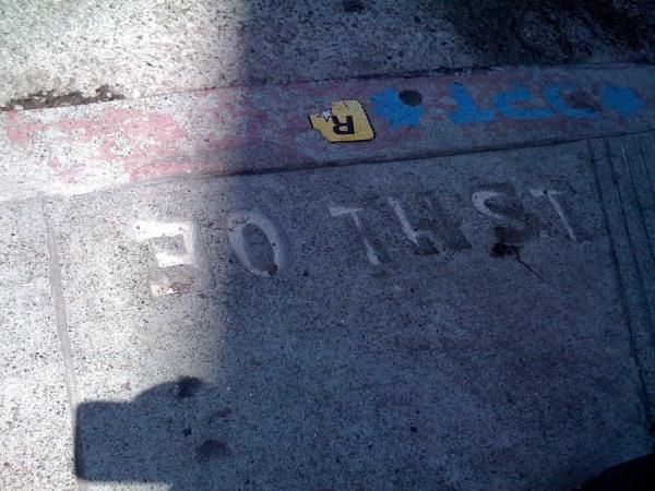 E0th St