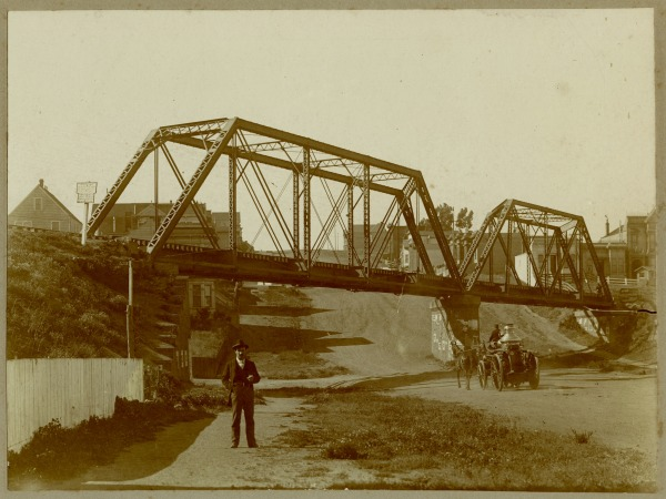 1910 dolores street bridge